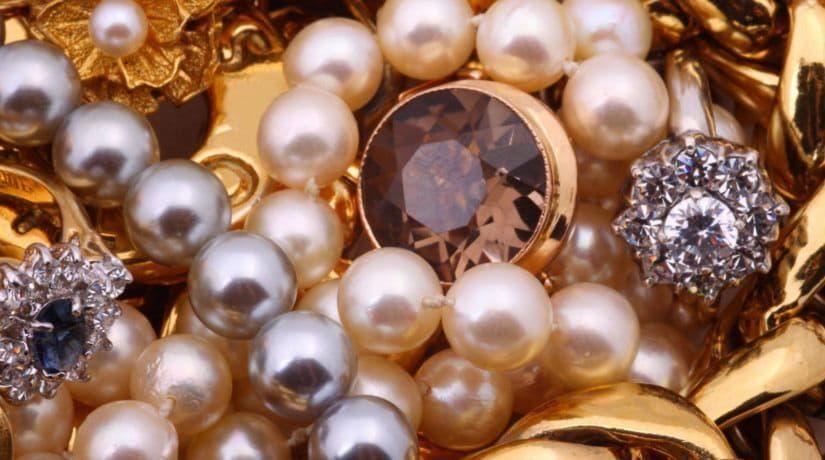 Где купить золотые ювелирные изделия в Киеве?