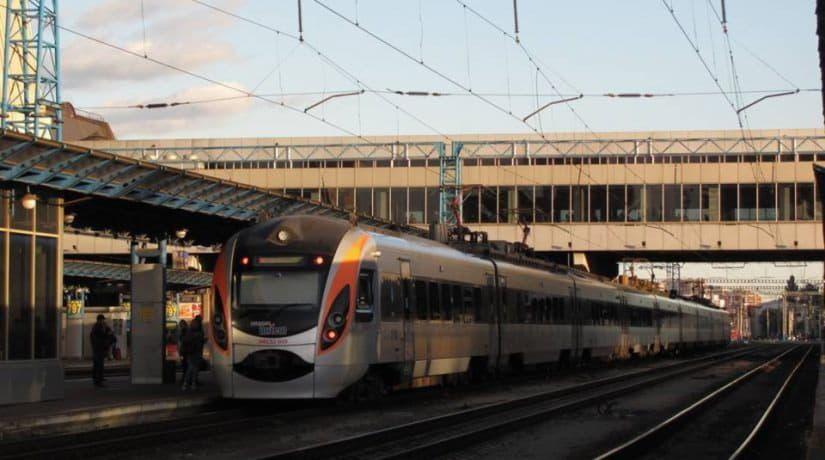Поезда «Интерсити +» из Киева в Харьков и Константиновку временно изменят маршрут и график движения