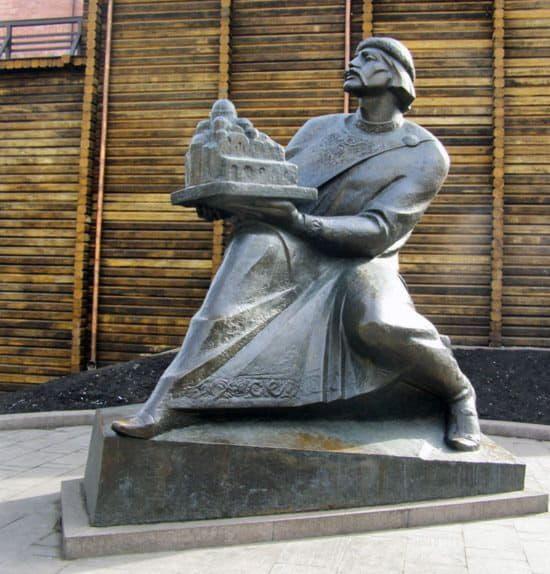 Ярослав Мудрый, памятник