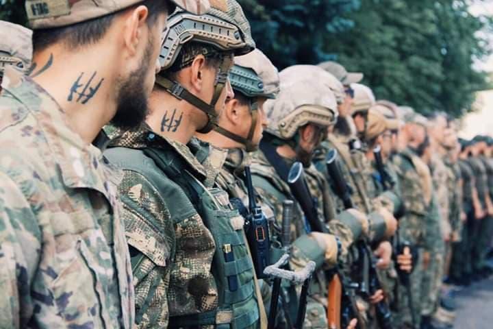 военное положение
