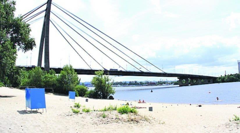 В Киеве запланирован капитальный ремонт пляжа «Черторой»