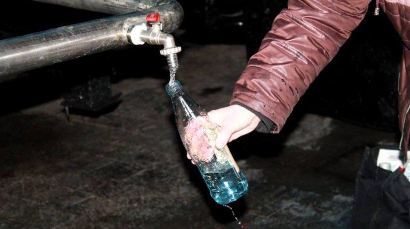 В связи с повреждением сетей в домах на четырех улицах нет воды