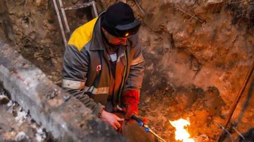 В Соломенском районе произошло еще два повреждения тепловых сетей