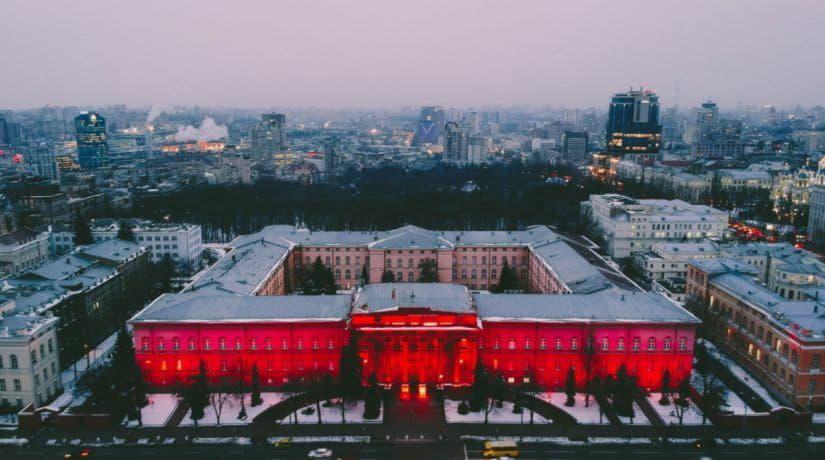 Киев соединяет: знаменитые влюбленные, которых познакомил город