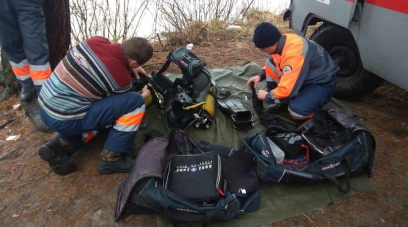 В акватории Днепра спасли со льдины рыбака