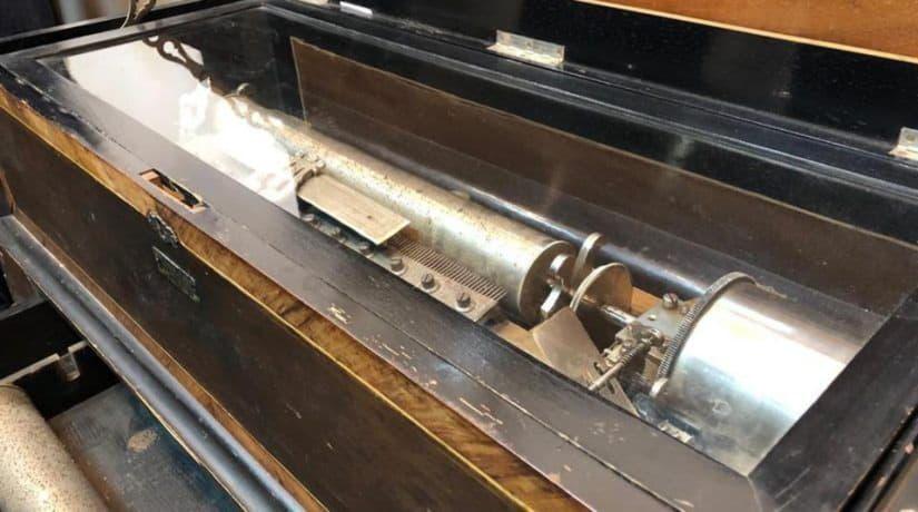 музыкальные инструменты, выставка