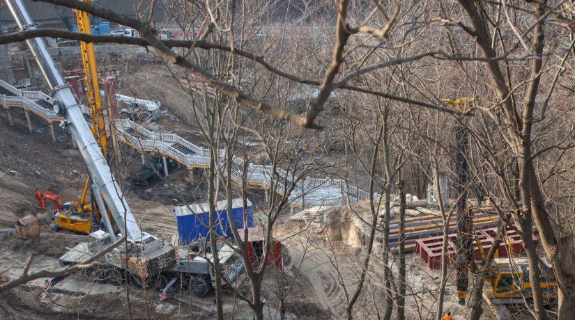 строительство пешеходно-велосипедного моста