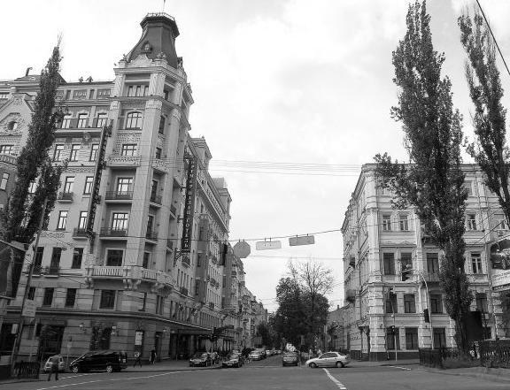 Угол Бибиковского бульвара и ул. Пушкинской, современный вид
