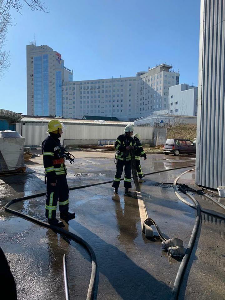 пожар, бизнес-центр