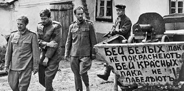 Против чего боролись повстанцы? Кадр из х/ф «Адъютант Его Превосходительства» (1969 г.)