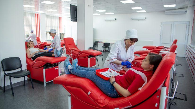 Стартовала неделя благотворительной сдачи крови