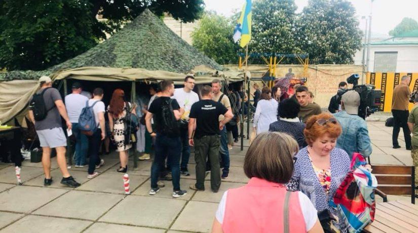 Ветеранская палатка стала лидером продаж на «Книжном арсенале»