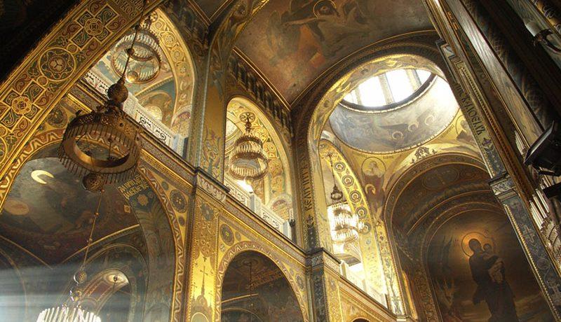 Богородица с младенцем – Владимирский собор