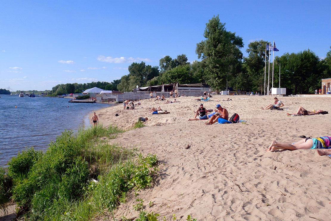 пляж, Молодежный