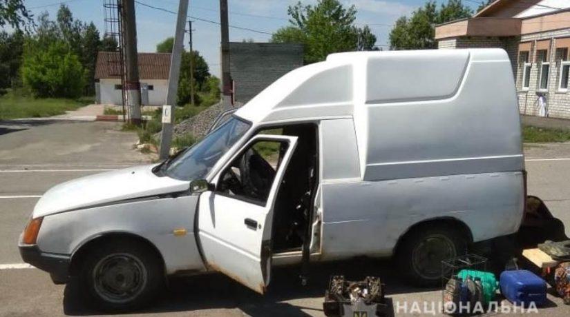 Мужчина пытался вывезти из зоны ЧАЭС рыбу и металл в автомобиле с двойным дном