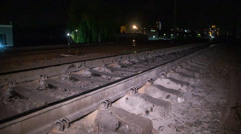 В Соломенском районе электричка снова сбила мужчину