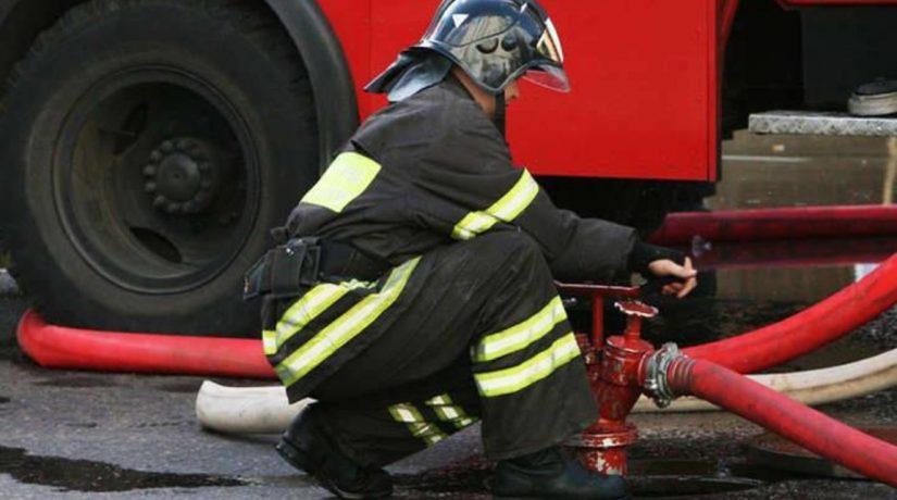 В Деснянском районе спасатели ликвидировали пожар в кафе