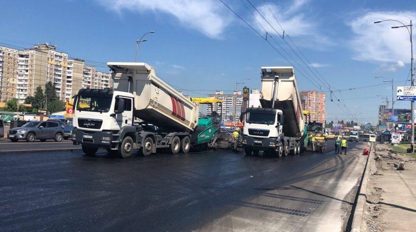 По проспекту Палладина ограничат движение транспорта