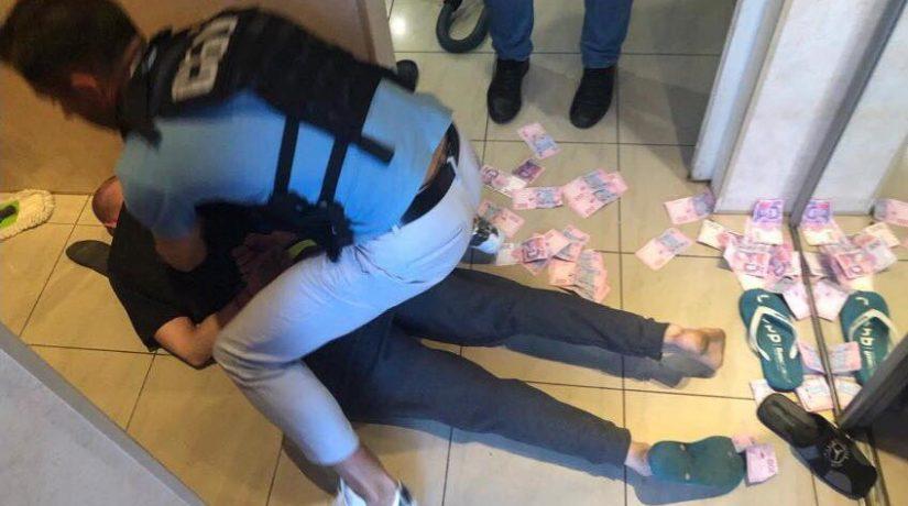 В Киевской области на взятке задержан следователь полиции