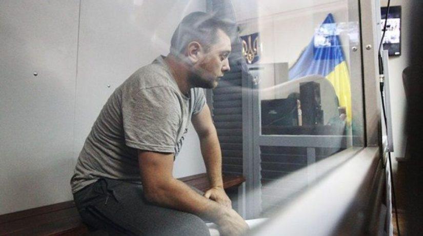 Суд арестовал полицейского, подозреваемого в убийстве 5-летнего ребенка