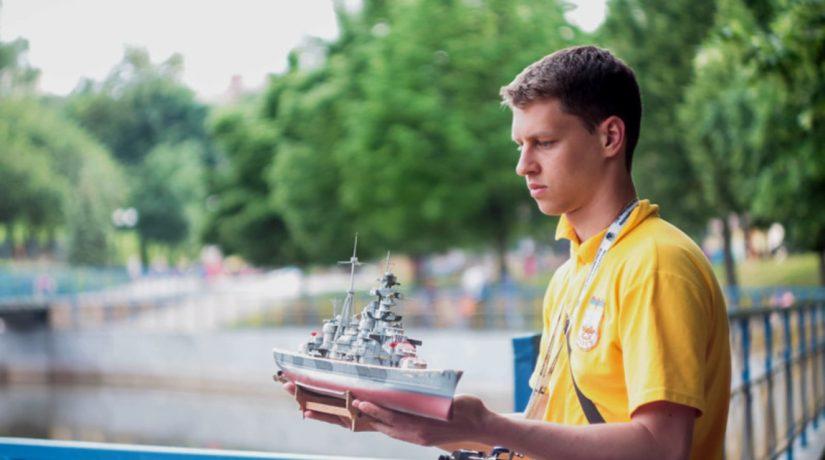 В Соломенском районе прошли соревнования по судомодельному спорту
