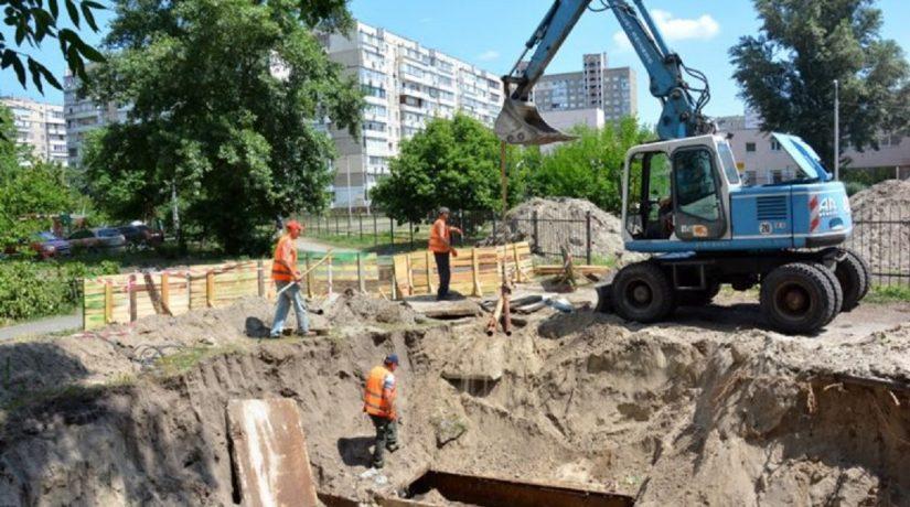 В Киеве уже заменили почти 29 километров аварийных теплосетей