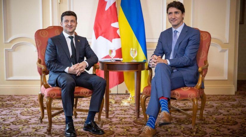 Украина и Канада упростят визовый режим для молодежи