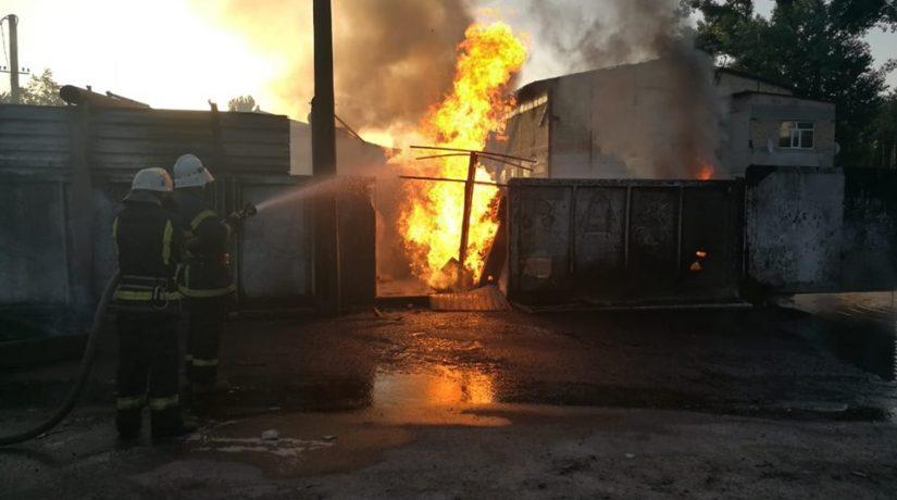 В Ирпене произошел пожар на АЗС
