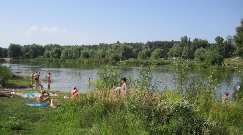 Новый пляж возле Синего озера на Виноградаре может появиться в следующем году