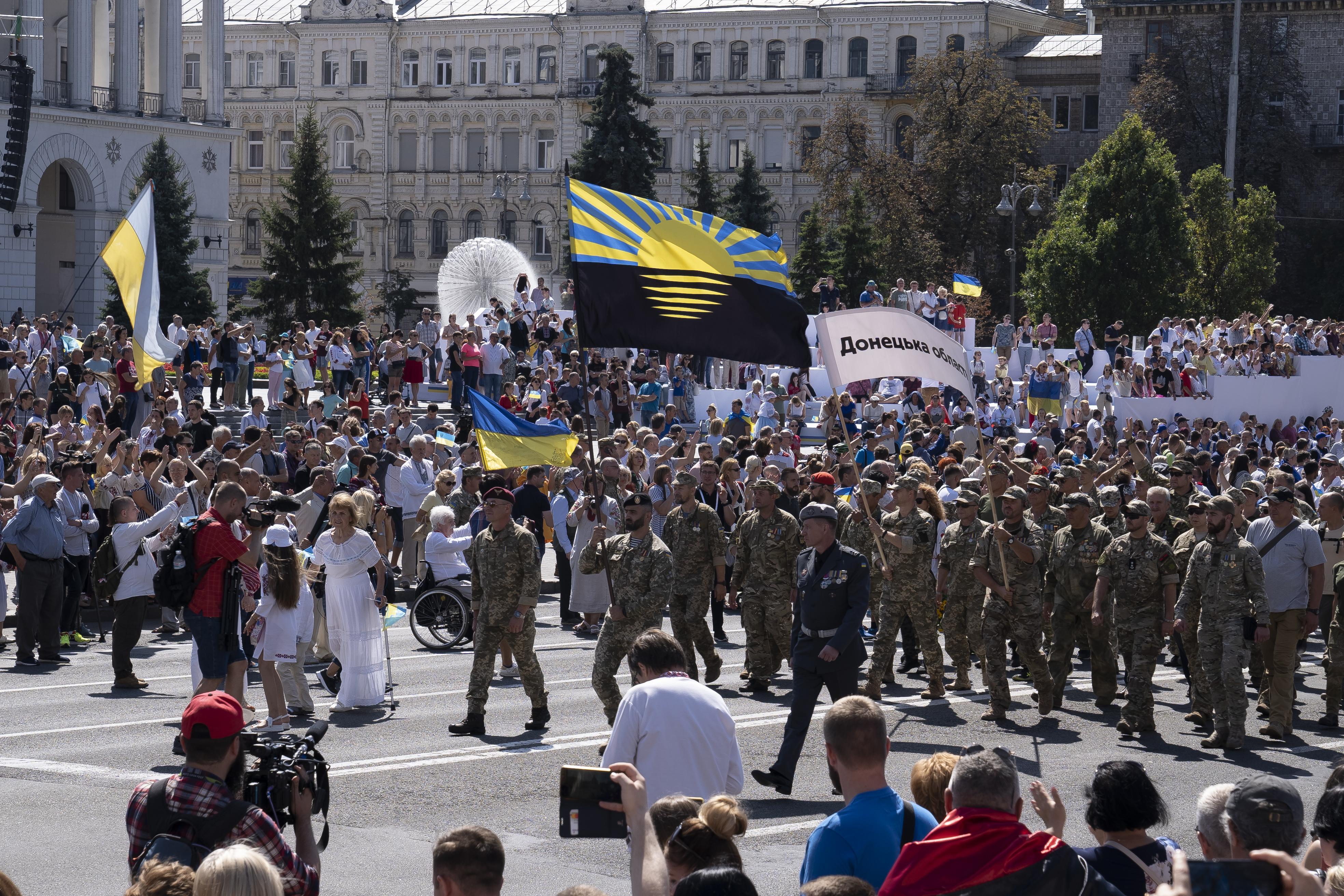 День Независимости, Марш защитников