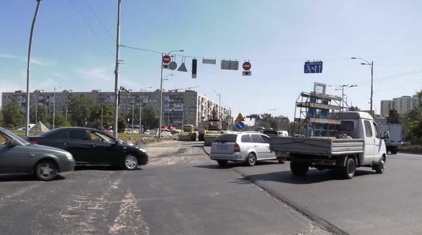 Реконструкцию Дарницкой площади планируют завершить до конца дорожного сезона