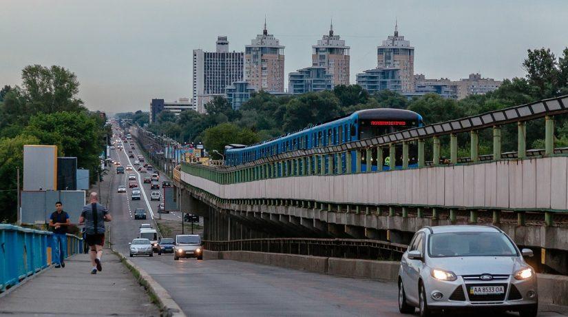 Не картой единой: Kyiv Smart Card, QR-билет — где купить и что с ними делать
