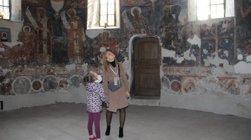 Церковь Спаса на Берестове, фрески