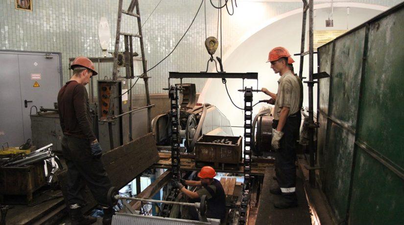 В ноябре начнется ремонт эскалаторов на станции «Золотые ворота»