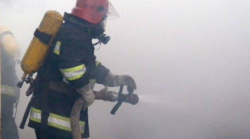 На бульваре Леси Украинки сгорел киоск по продаже арбузов