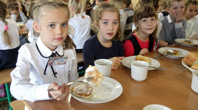 Мониторинг качества школьного питания в Киеве будет постоянным