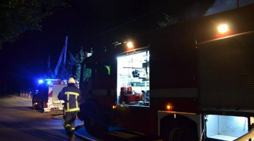 На Борщаговке во время пожара в многоэтажке погиб человек