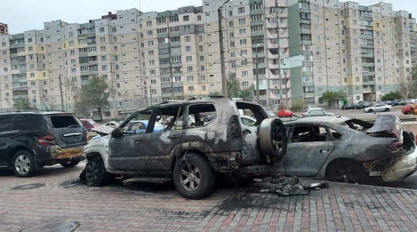 За ночь в Киеве сгорели шесть автомобилей