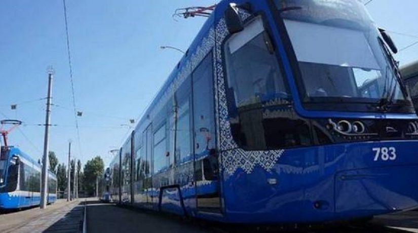 Для Киева купят 40 современных трамваев и 50 вагонов метро