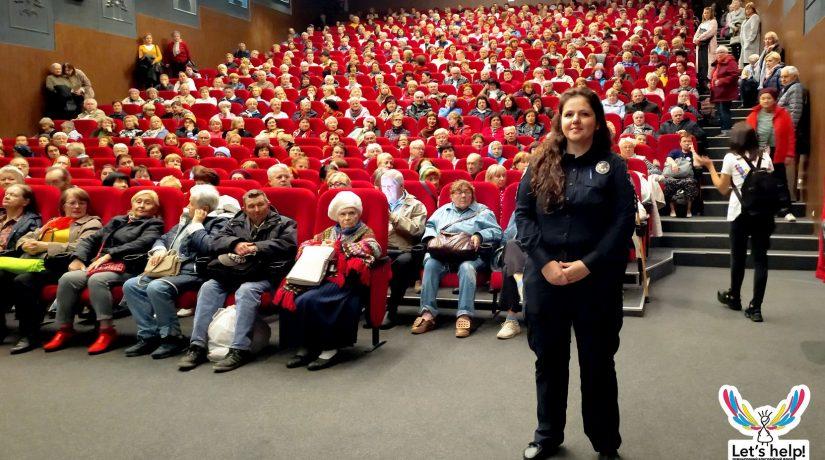 В кинотеатре «Жовтень» проходят бесплатные показы для пенсионеров
