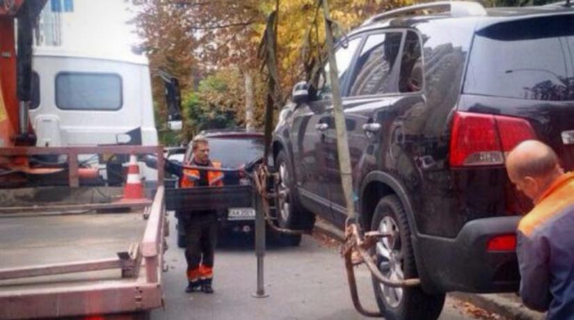 В Киеве за неделю эвакуировали на штрафплощадку более 60 автомобилей