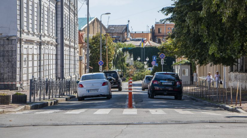 Улицу Покровскую перекрыли в связи с реконструкцией