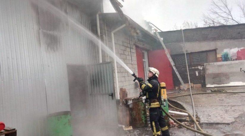 пожар, склад
