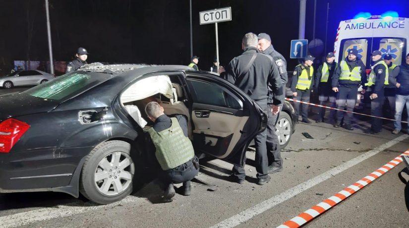 На Брест-Литовском шоссе взорвали автомобиль – видео взрыва