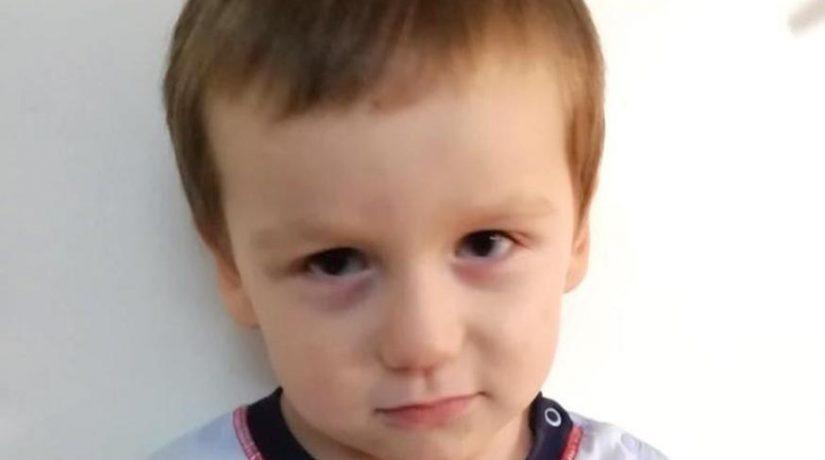 В Киеве полицейские разыскивают родителей ребенка