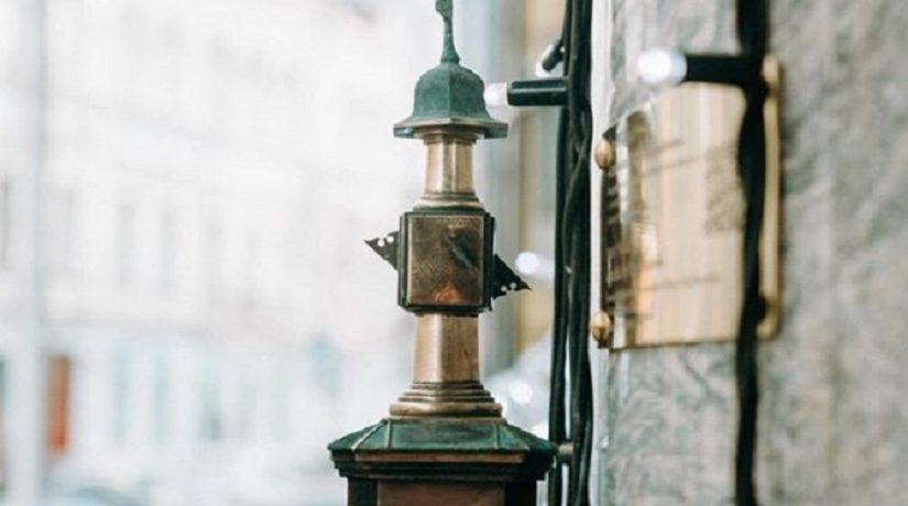 Новая мини-скульптурка проекта «Шукай» – солнечные часы Брульона