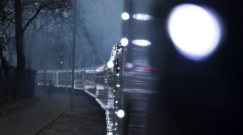 Детская железная дорога будет работать в праздники – видео сказочного поезда