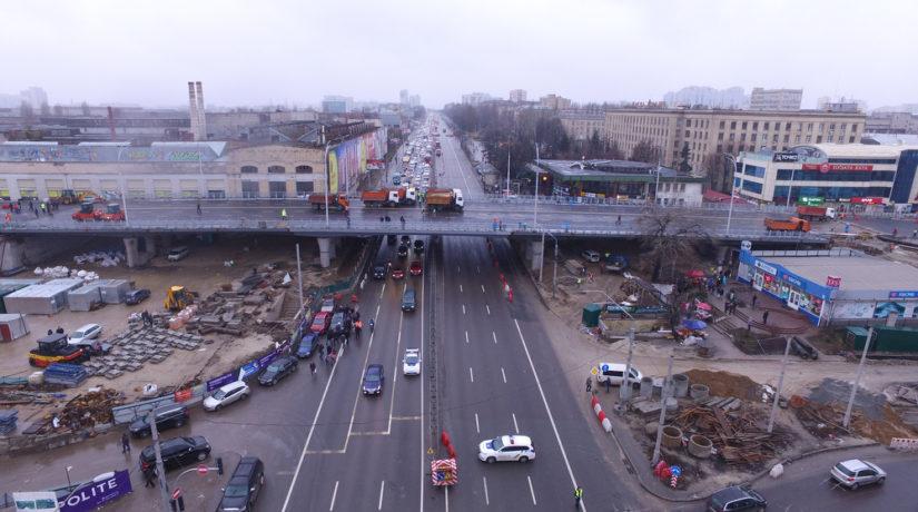 Кличко стоял под Шулявским мостом во время его испытания грузовиками