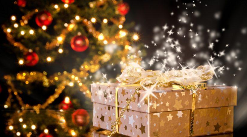 Тайный Санта: Как присоединиться к сбору подарков для пожилых людей