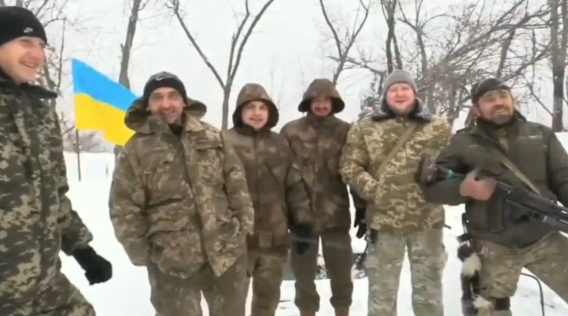 Военные из зоны ООСпоздравили украинцев с Рождеством